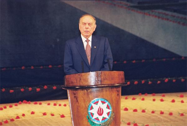 Картинки по запросу heydar aliyev and january 20